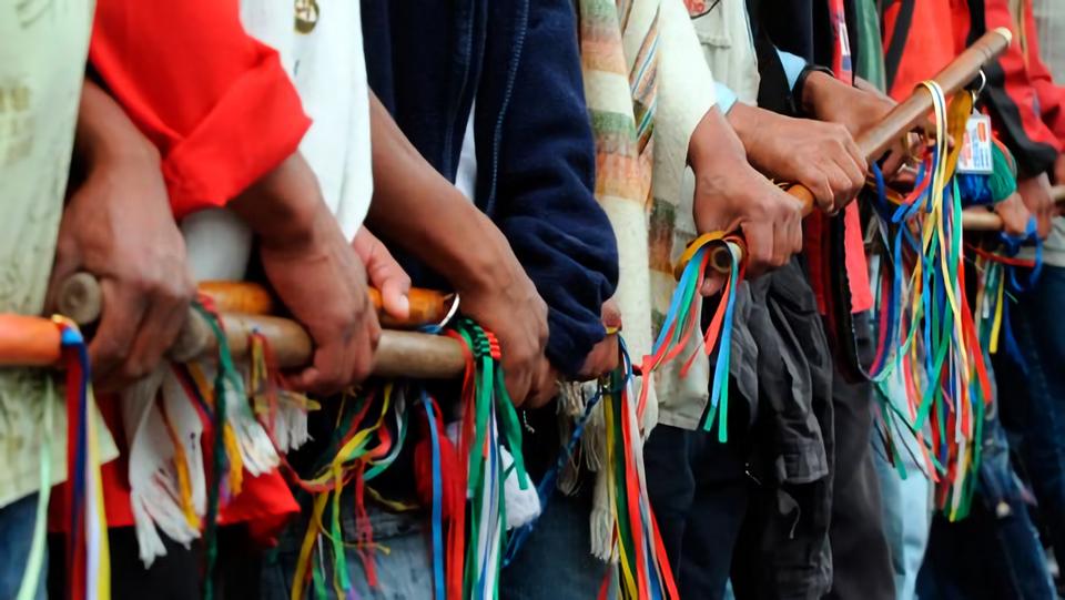 Riesgo por discriminación contra personas indígenas y racismo estructural contra migrantes