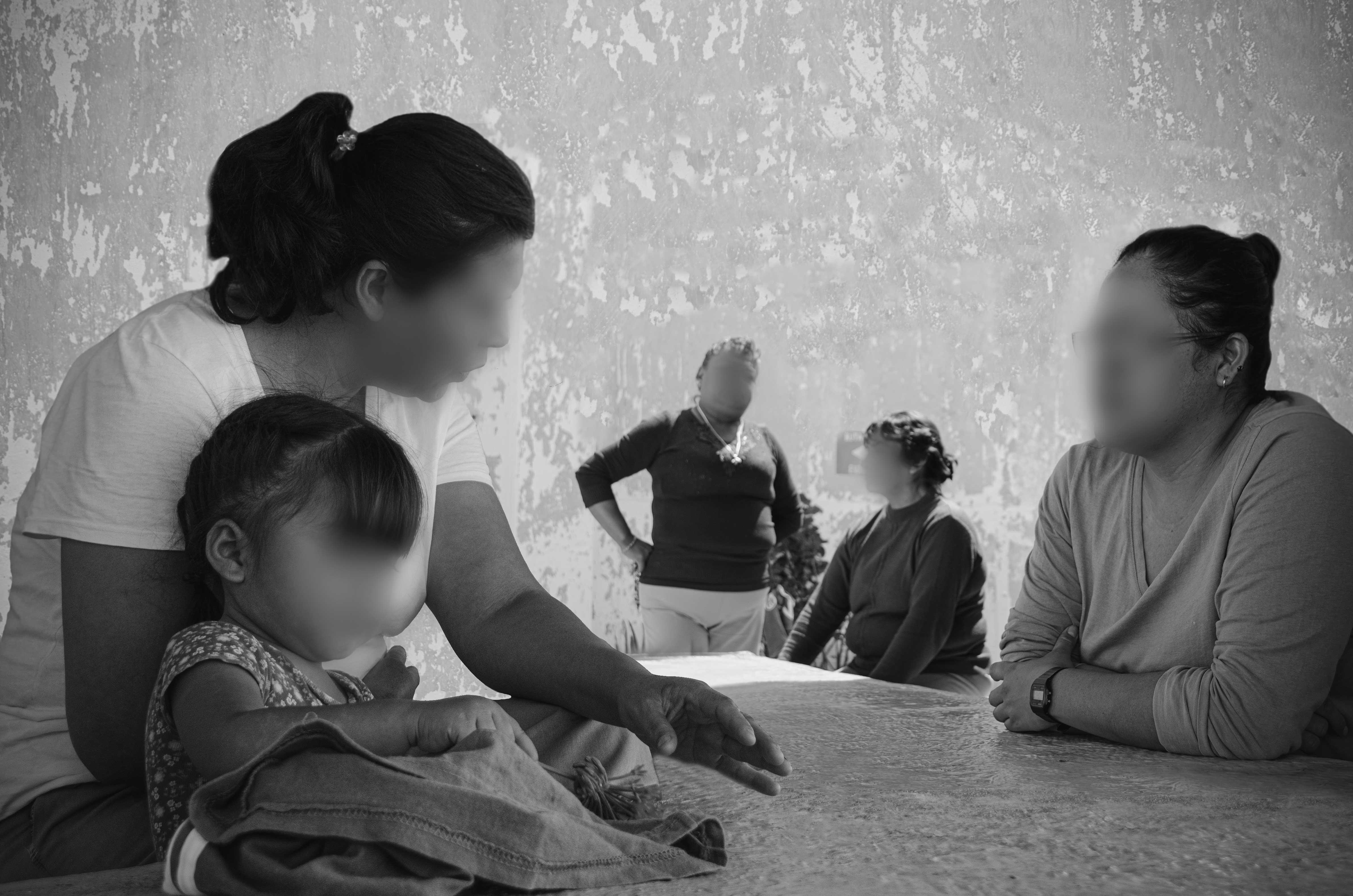 Las madres privadas de libertad deben acceder a su derecho a la salud